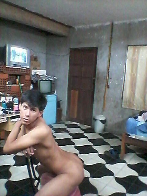 nude gay chub