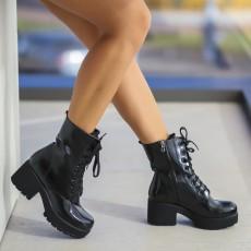 Ghete moderne de iarna cu siret inalte negre la moda
