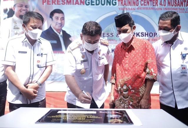 Abdul Hayat Gani Resmikan Gedung Training Center 0.4 Nusantara di Maros.lelemuku.com.jpg