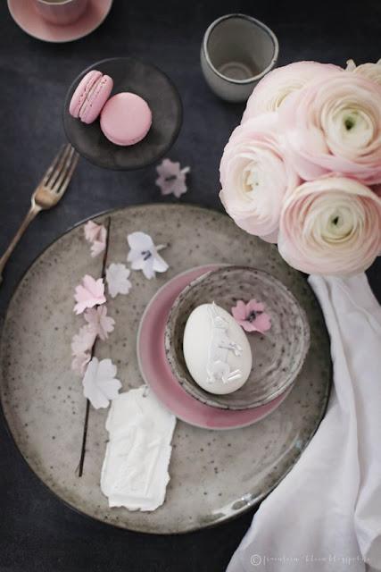 dekoracja stołu wielkanocnego inspiracje