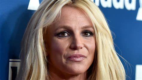 Spears' father still controls her finances more than a decade after her breakdown