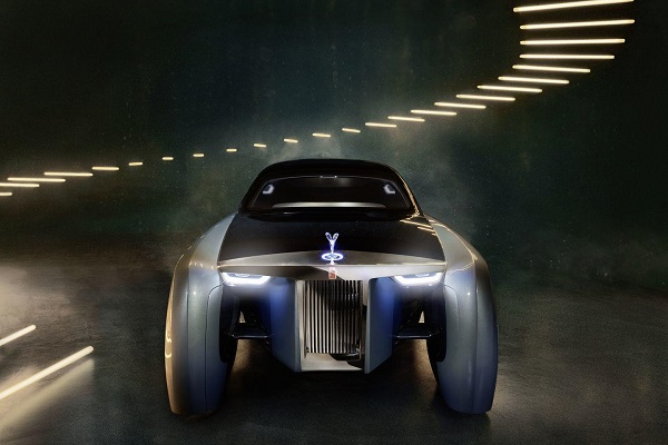 Rolls Royce Vision 100 next