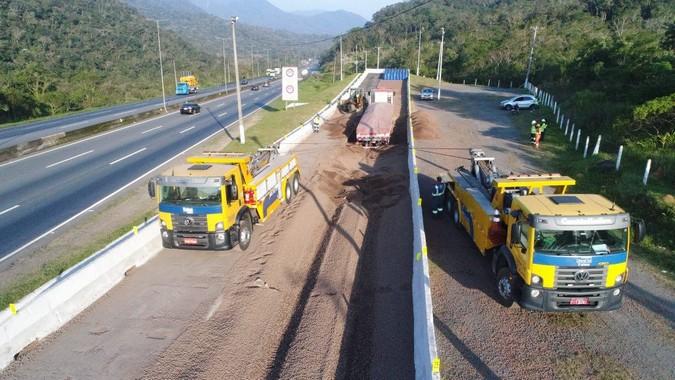 VÍDEO: Área de escape salva vida de mais um caminhoneiro na BR-376/PR