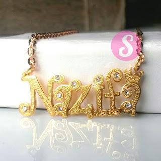 kalung nama lapis emas grafir permata - nazifa