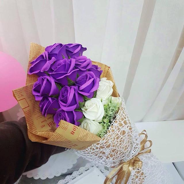 Hoa hong sap thom vinh cuu tai Hang Gai