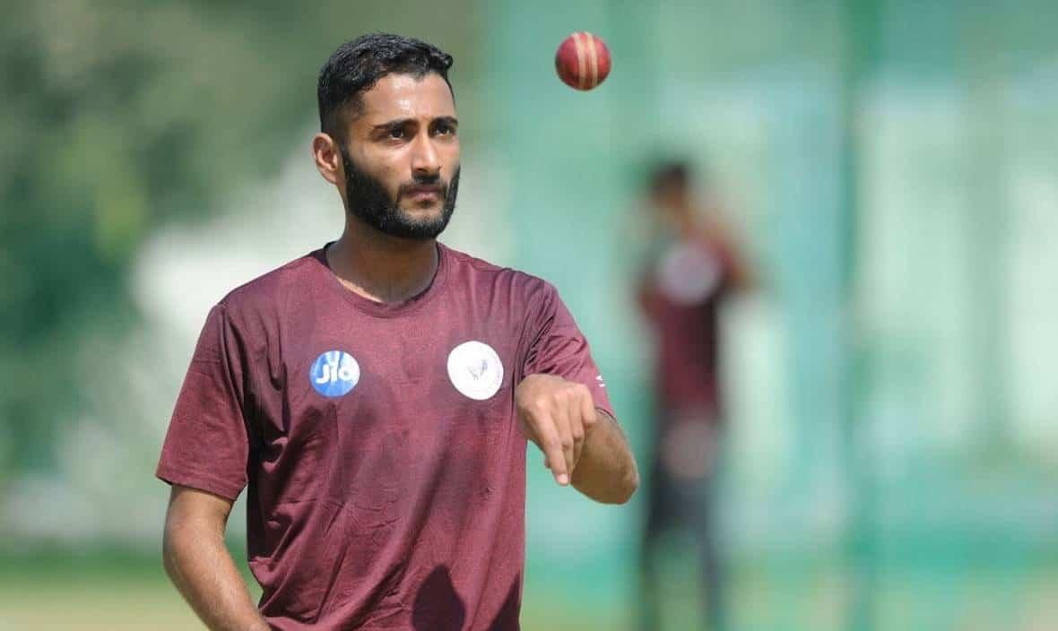 Arzan Nagwaswalla Wiki, Age, DOB, Bowling Record, Insta, IPL