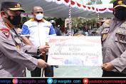 Kapolri Serahkan Bantuan Satu Unit Oksigen Generator di Papua