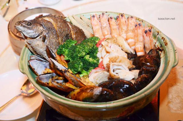 Fortune Seafood Treasure Pot