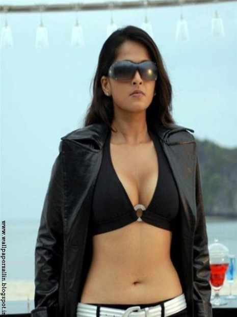 Anushka Shetty hot wallpapers ever