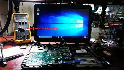 service laptop HP 14 layar tidak tampil