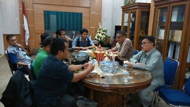 Ketua DPRD Padang Terima Audensi FWP