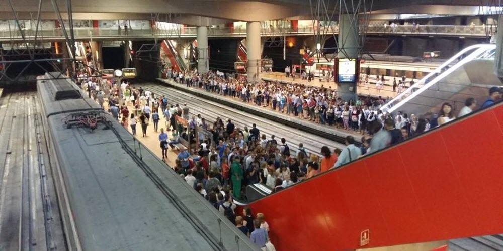 Escenas de caos en las huelgas de transporte en Madrid