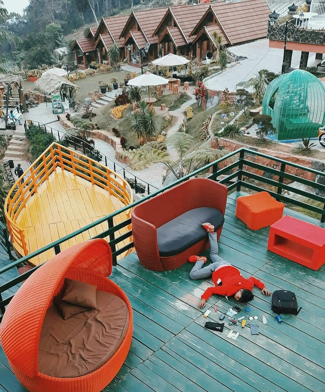 Mbah Djoe Resort Sarangan Magetan
