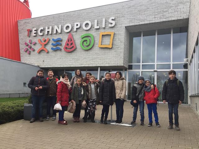 Op zaterdag 10 februari nam Meridiaan de leerlingen mee naar Technopolis. Zo worden echte wetenschappers geboren.