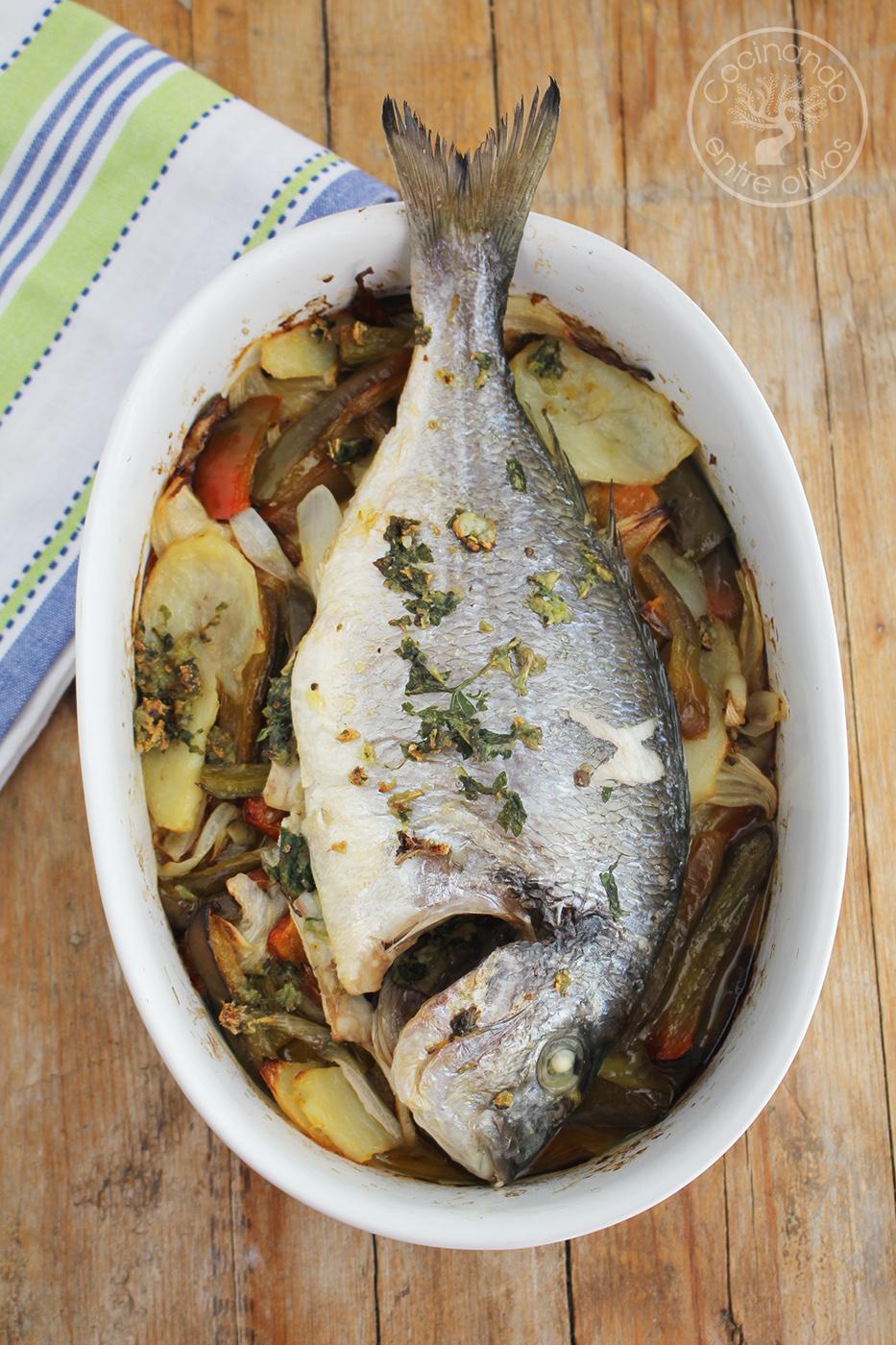 C mo hacer dorada al horno receta paso a paso cocinando - Como cocinar pescado al horno ...