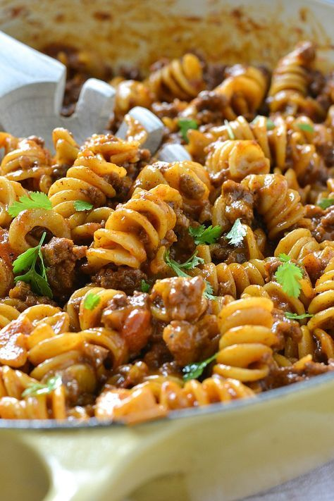 ONE-POT CHEESY TACO PASTA #recipes #dinnerrecipes #quickdinnerrecipes #deliciousdinnerrecipes #quickanddeliciousdinnerrecipes #food #foodporn #healthy #yummy #instafood #foodie #delicious #dinner #breakfast #dessert #lunch #vegan #cake #eatclean #homemade #diet #healthyfood #cleaneating #foodstagram
