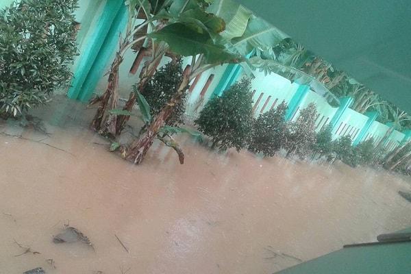 Hujan Deras Jalan Merdeka Selatan Terkena Banjir