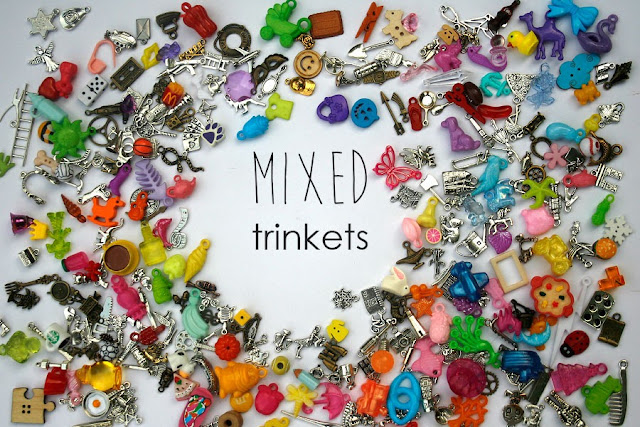 I spy trinkets TomToy, I spy bag supply, miniatures objects findings, i spy knick-knacks, eye spy trinkets