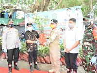 Wakil Gubernur SulSel bersama Wakil Bupati Takalar Tanam Pohon Mangrovee di Mappakasunggu