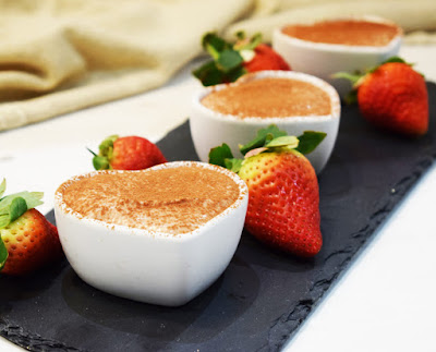 Healthy No-Bake Chocolate Cheesecake Pots