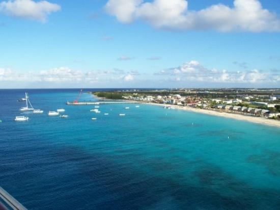 Cockburn Town | Capital das Ilhas Turks e Caicos