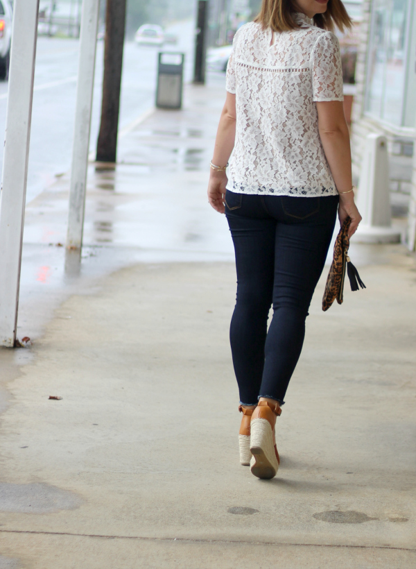 queen of jeans, denim for fall, north carolina blogger, style on a budget