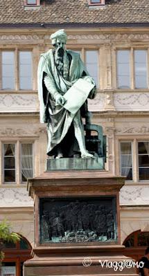 Place Gutenberg e statua omonima di Strasburgo