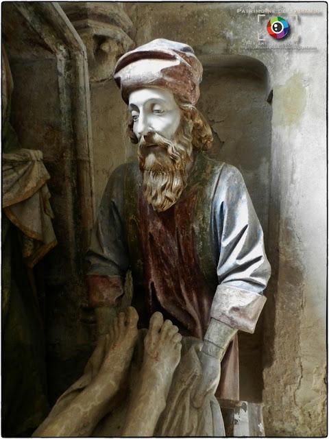 BULGNEVILLE (88) - Mise au tombeau (XVIe siècle)
