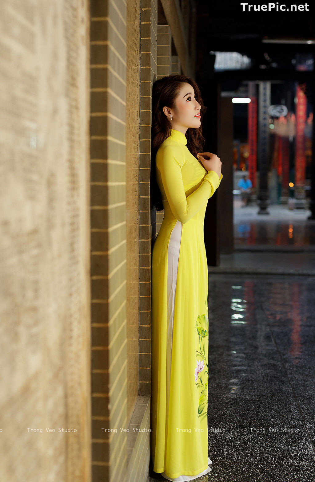 Image The Beauty of Vietnamese Girls with Traditional Dress (Ao Dai) #4 - TruePic.net - Picture-9