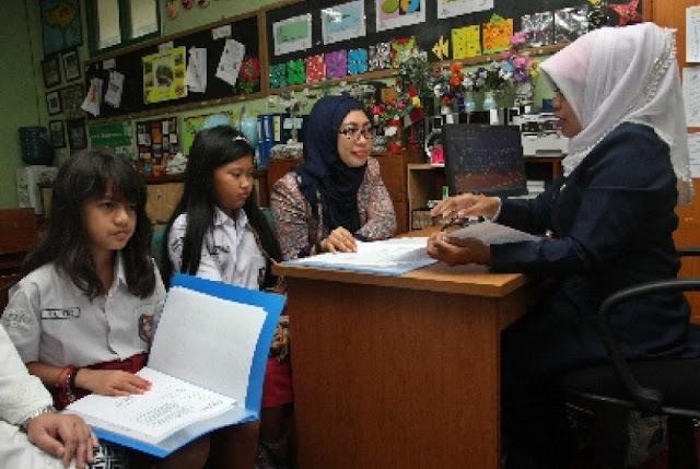Yang Harus Dilakukan Bila Rapor Anak Tak Sesuai Harapan