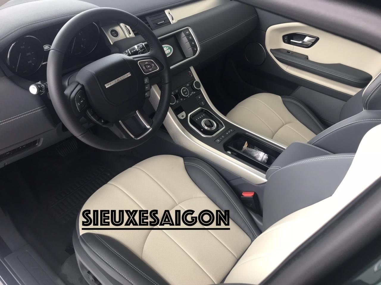 Giá Thấp Nhất Xe Range Rover Chiếc SUV Nhỏ Mang Tên Evoque Đời 2018-2019, Evoque HSE, Evoque SE Plus 2020, Xe 5 Chỗ Màu Xanh Rêu Aintree Green,