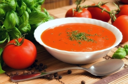 fight inflammation and cancer by eating tomato soup