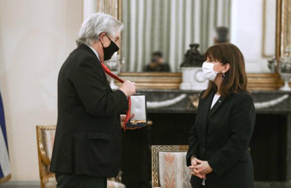 H ΠτΔ τίμησε τρεις Αμερικανούς αρχαιολόγους ως σύγχρονους φιλέλληνες