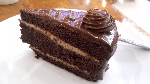 sweet solutions moist chocolate cake