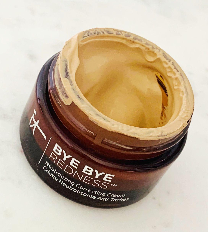 Bye Bye Redness Neutralizing Correcting Cream Review