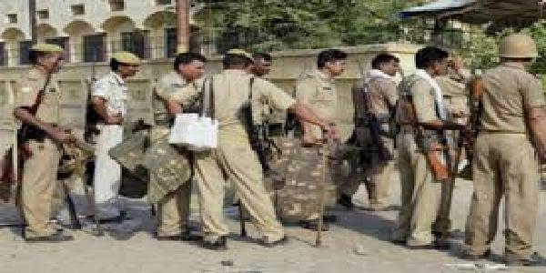 patna-me-anushashanhinta-ke-aarop-me-175-constable-barkhaast