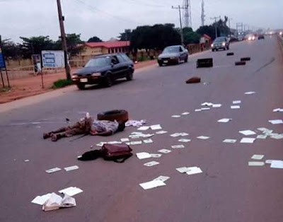 Photos: Unidentified man killed along Benin-Auchi Road after being struck by a vehicle in a hit-and-run