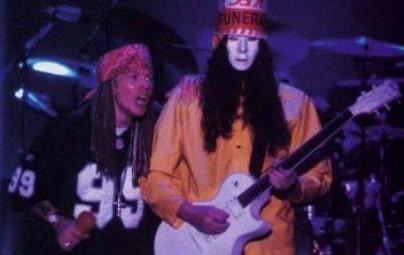 Guns N' Roses Axl Rose & Buckethead. PunkMetalRap.com
