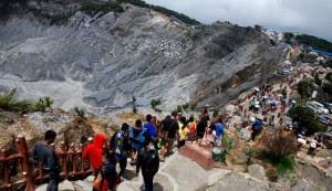 Wisata Gunung Tangkuban Perahu Bandung