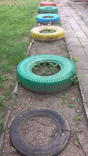 Painted Tyres, Lead The Way, Yambol, Yambol Park,