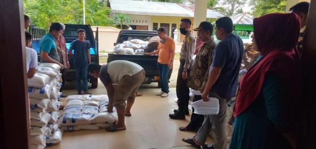 Bantuan Sembako Dari Pemerintah Aceh Akhirnya Tiba Di Kecamatan Madat