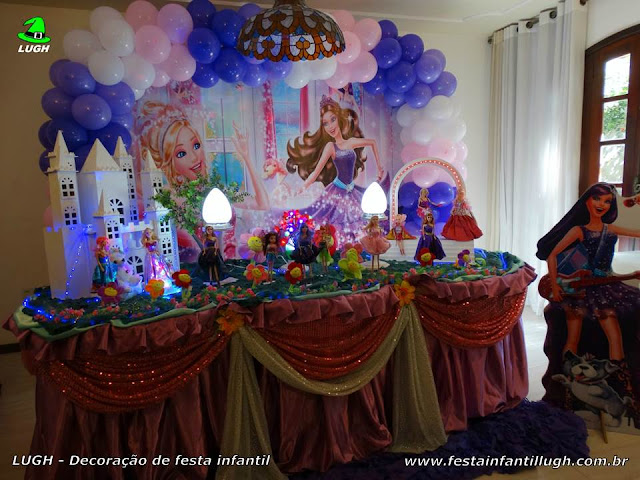 Decoração tema Barbie Pop Star para festa infantil de meninas