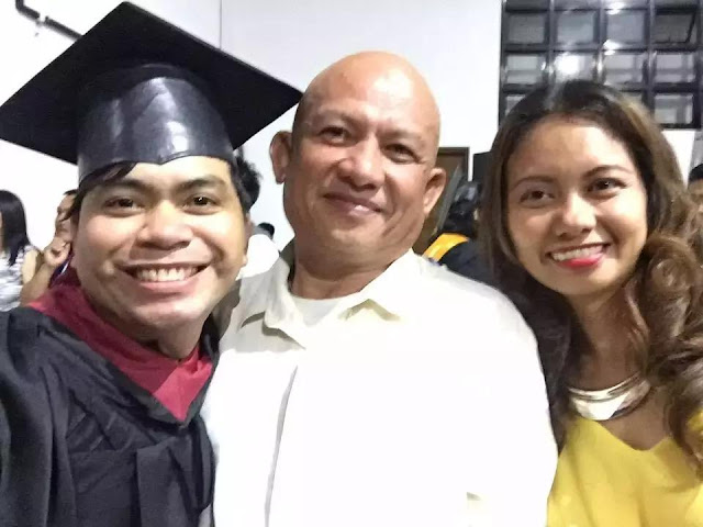 This Girl Graduated Cum Laude From College but It Was Her Father Who Received a Standing Ovation When He Went on Stage!