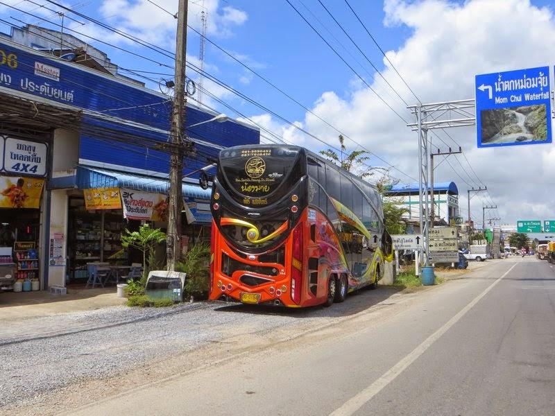 Яркие автобус Таиланд