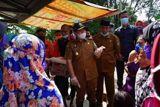 Bupati Zahir Didampingi Kadis PUPR Batubara Tinjau Lokasi Banjir