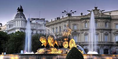 Lima Istana Paling Angker di Dunia