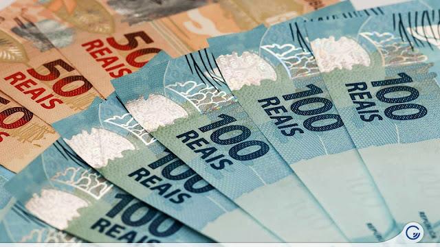 Auxílio emergencial de R$ 600 reais é publicado e governo federal abre crédito de R$ 98 bilhões