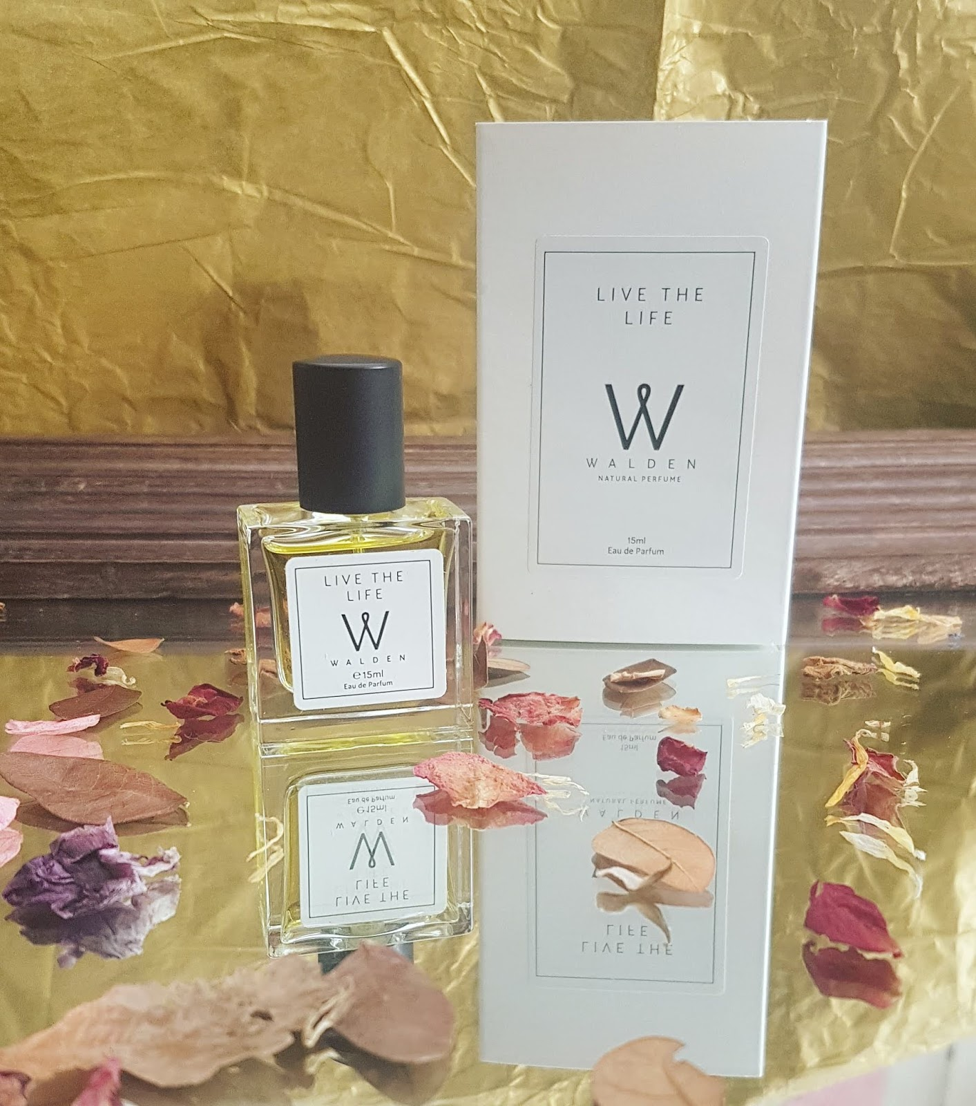 Walden Natural Perfume Review - Natural Perfume Purse Spray