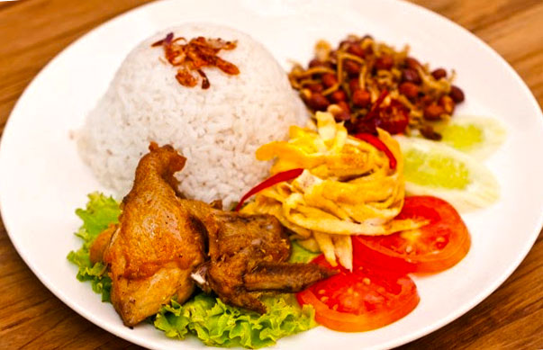 Resep Cara membuat Nasi Uduk Enak dan Gurih Komplit