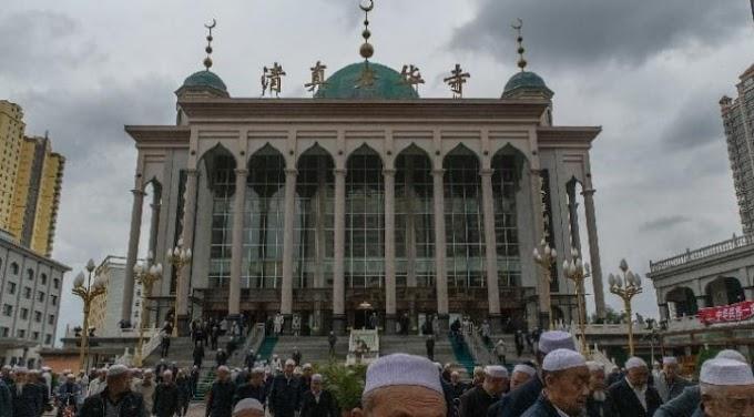Pеmеrіntаh Cina Ubаh Masjid dаn Larang Tulisan Arab